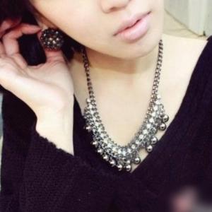 Women Black Bead Tassel Necklace Choker