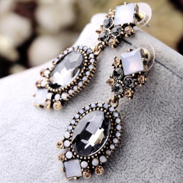 women fashion trendy earrings