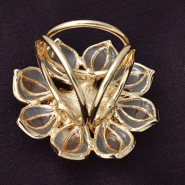 women gold beige scarf brooch