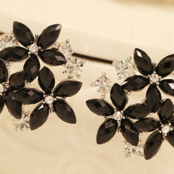 black bling earrings, black crystal stud earrings, ladies flower stud earrings, ladies studs